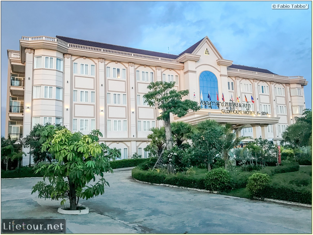 Fabio_s-LifeTour---Cambodia-(2017-July-August)---Krong-Stueng-Saen-(Kampong-Thom)---Hotels---Glorious-Hotel-and-Spa---18420-cover