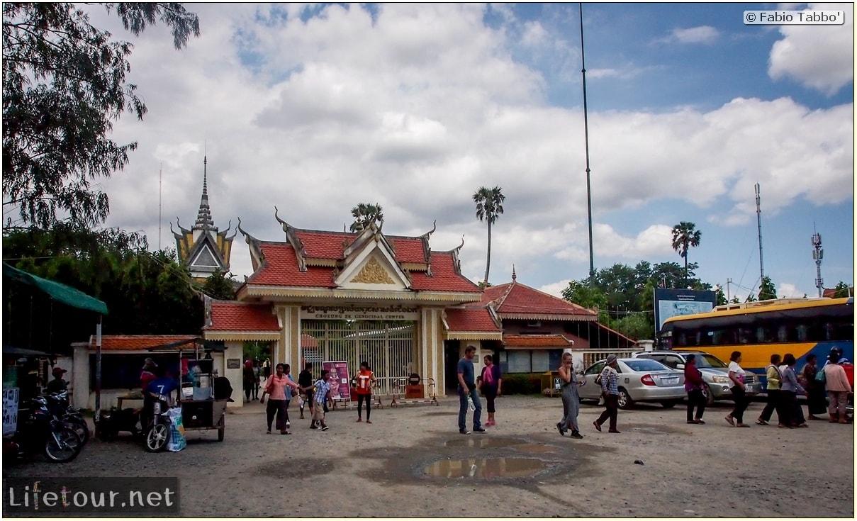 Fabio_s-LifeTour---Cambodia-(2017-July-August)---Phnom-Penh---Killing-Fields-of-Choeung-Ek---Mass-Graves---20113