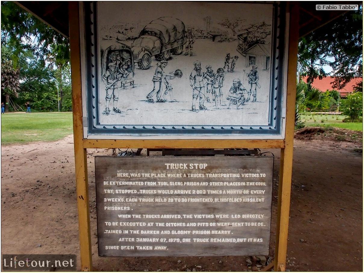 Fabio_s-LifeTour---Cambodia-(2017-July-August)---Phnom-Penh---Killing-Fields-of-Choeung-Ek---Mass-Graves---20121