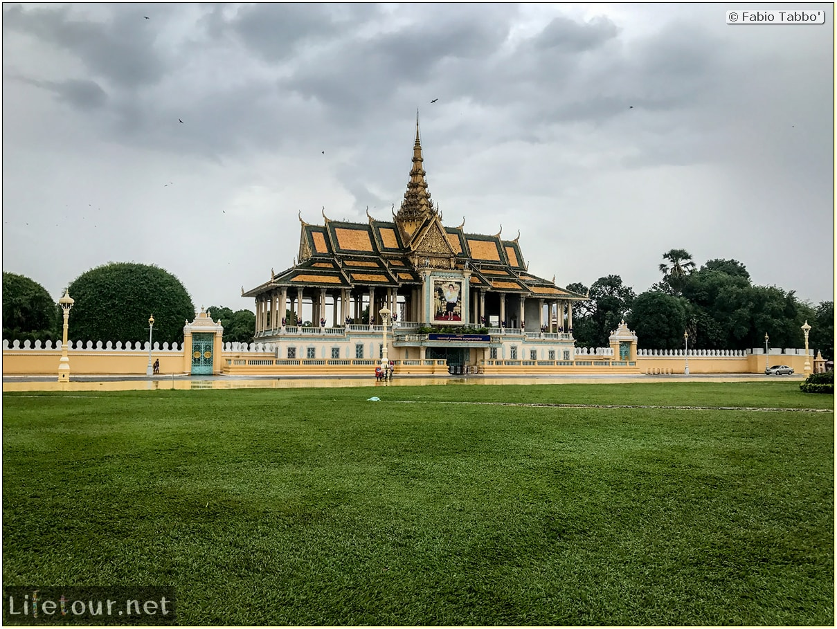 Fabio_s-LifeTour---Cambodia-(2017-July-August)---Phnom-Penh---Royal-Palace---Exterior---18279
