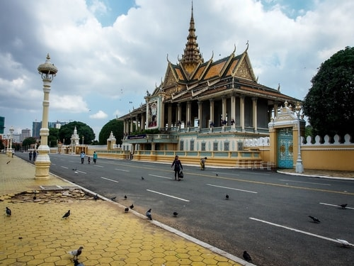 Fabio_s-LifeTour---Cambodia-(2017-July-August)---Phnom-Penh---Royal-Palace---Exterior---20057-cover