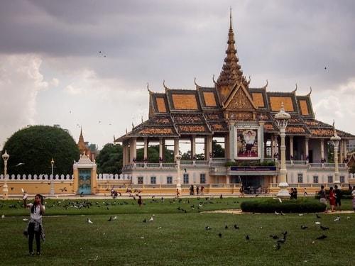 Fabio_s-LifeTour---Cambodia-(2017-July-August)---Phnom-Penh---Royal-Palace---Exterior---20092-cover