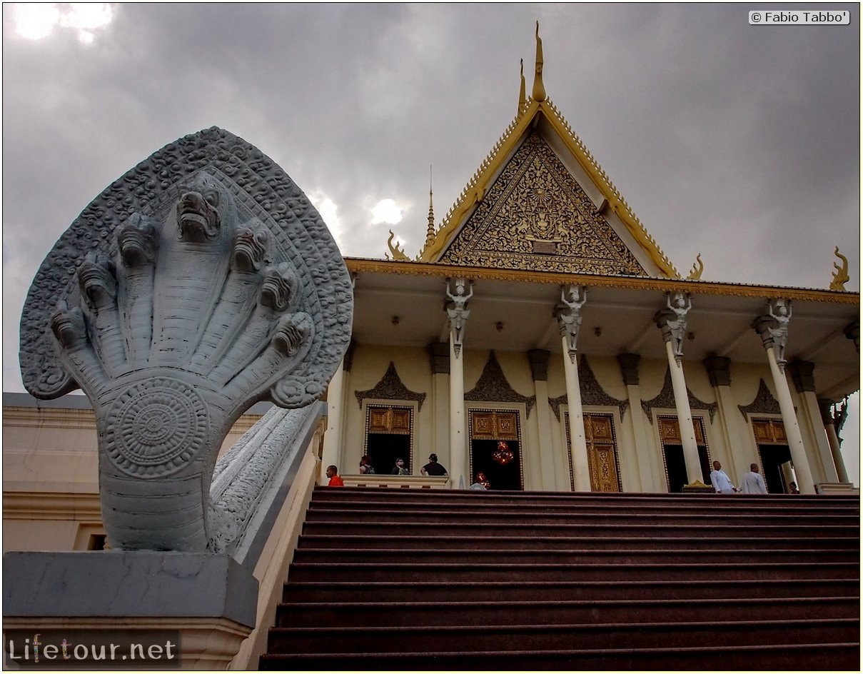 Fabio_s-LifeTour---Cambodia-(2017-July-August)---Phnom-Penh---Royal-Palace---Interior---20078