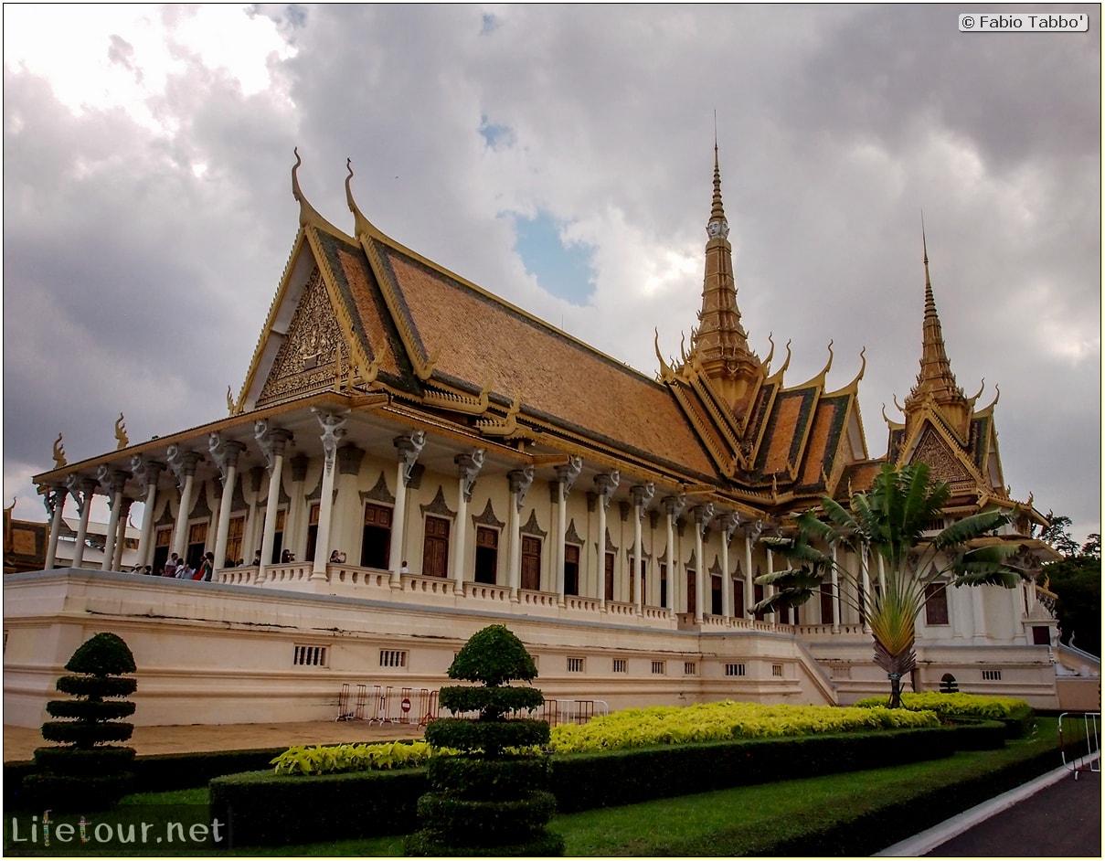 Fabio_s-LifeTour---Cambodia-(2017-July-August)---Phnom-Penh---Royal-Palace---Interior---20081