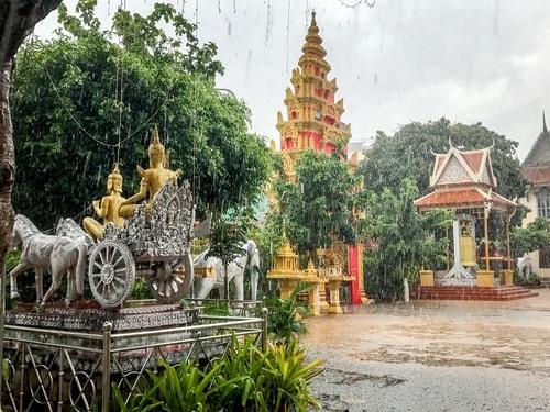 Fabio_s-LifeTour---Cambodia-(2017-July-August)---Phnom-Penh---Wat-Ounalom---18296-cover