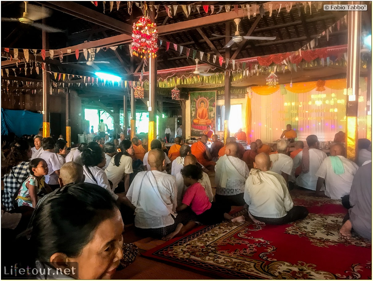 Fabio_s-LifeTour---Cambodia-(2017-July-August)---Siem-Reap-(Angkor)---Angkor-temples---Angkor-Wat---Buddhist-ceremony---18599-cover