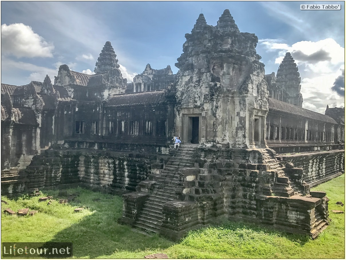 Fabio_s-LifeTour---Cambodia-(2017-July-August)---Siem-Reap-(Angkor)---Angkor-temples---Angkor-Wat---Other-pictures-Angkor-Wat---18543-cover