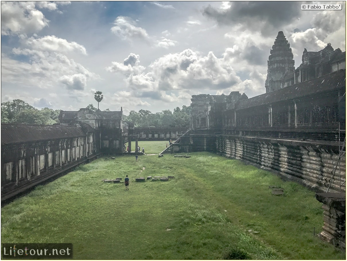 Fabio_s-LifeTour---Cambodia-(2017-July-August)---Siem-Reap-(Angkor)---Angkor-temples---Angkor-Wat---Other-pictures-Angkor-Wat---18552
