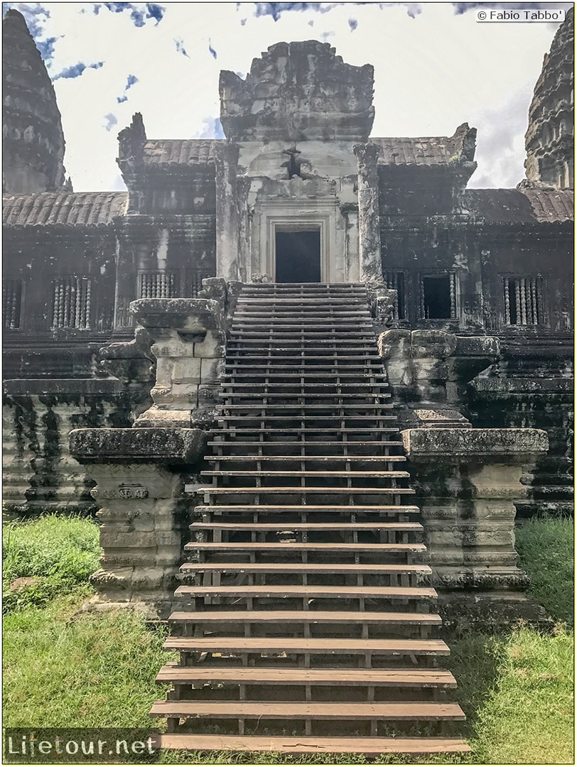 Fabio_s-LifeTour---Cambodia-(2017-July-August)---Siem-Reap-(Angkor)---Angkor-temples---Angkor-Wat---Other-pictures-Angkor-Wat---18558