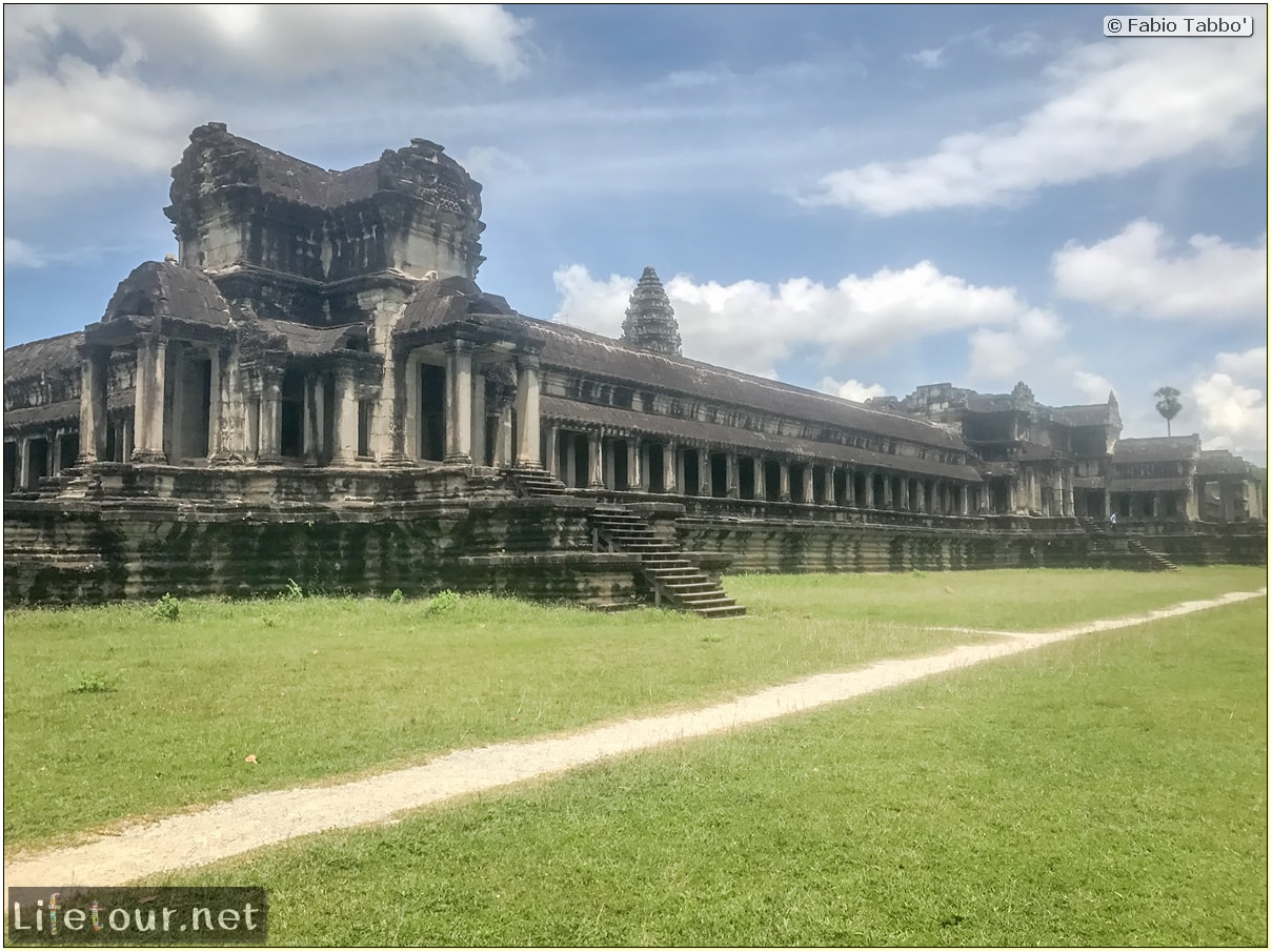 Fabio_s-LifeTour---Cambodia-(2017-July-August)---Siem-Reap-(Angkor)---Angkor-temples---Angkor-Wat---Other-pictures-Angkor-Wat---18604