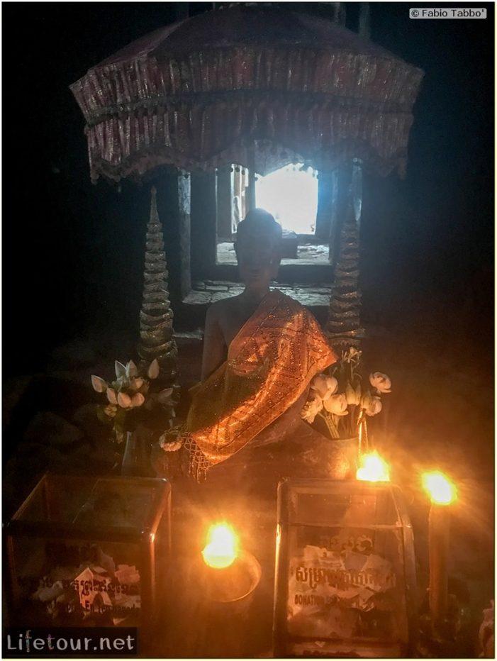 Fabio_s-LifeTour---Cambodia-(2017-July-August)---Siem-Reap-(Angkor)---Angkor-temples---Bayon-temple---18630