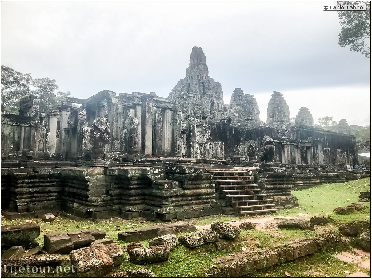 Fabio_s-LifeTour---Cambodia-(2017-July-August)---Siem-Reap-(Angkor)---Angkor-temples---Bayon-temple---18633
