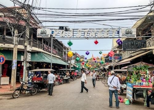 Fabio_s-LifeTour---Cambodia-(2017-July-August)---Siem-Reap-(Angkor)---Entertainment---Pub-Street---18474-cover