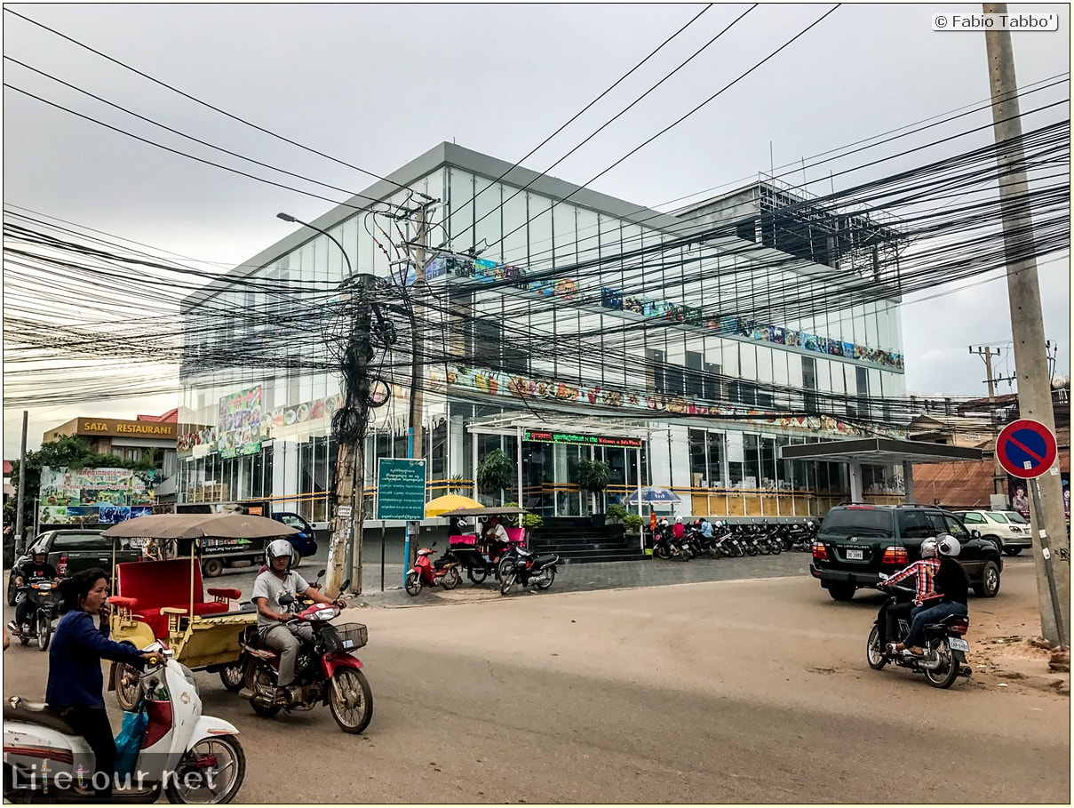 Fabio_s-LifeTour---Cambodia-(2017-July-August)---Siem-Reap-(Angkor)---Shops---Asia-Plaza-mall---18493-cover