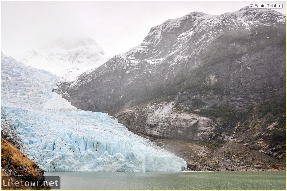 Fabio_s-LifeTour---Chile-(2015-September)---Park-O'higgins-–-glacier-Balmaceda---2--Trekking-to-glacier---7708