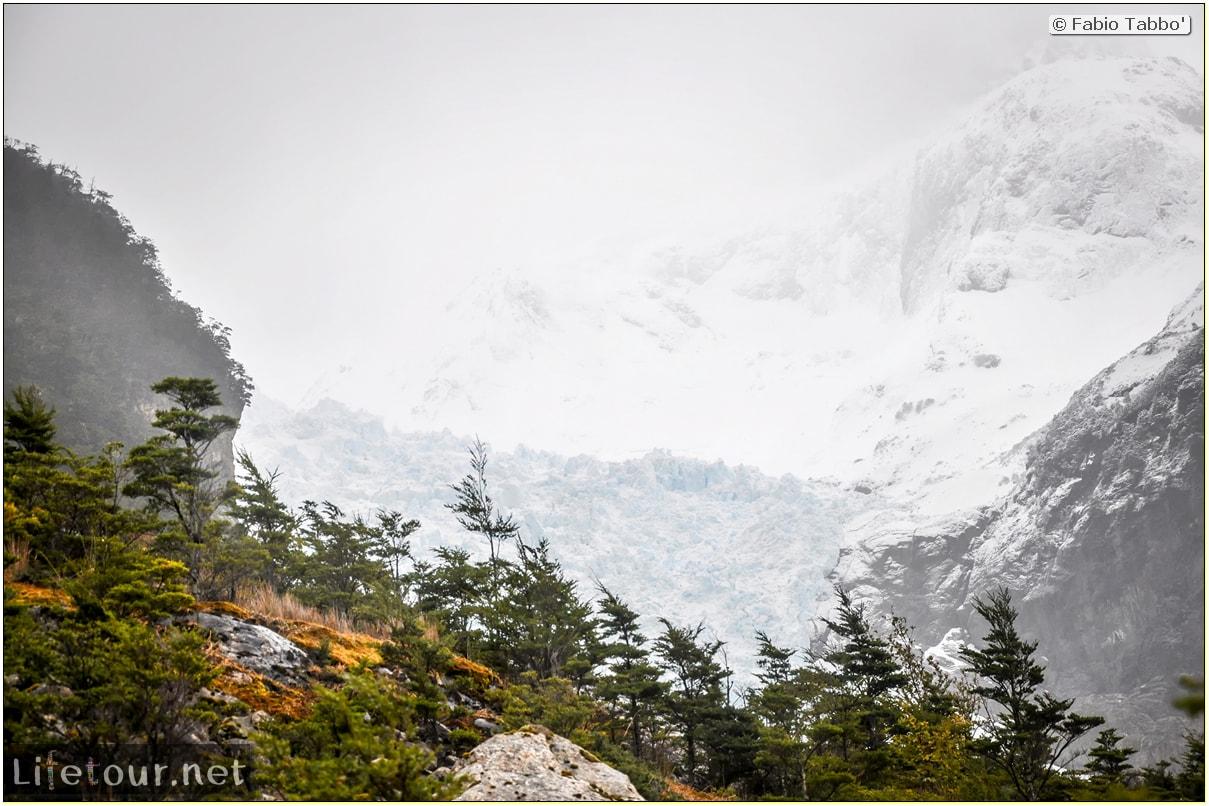 Fabio_s-LifeTour---Chile-(2015-September)---Park-O'higgins-–-glacier-Balmaceda---2--Trekking-to-glacier---7823