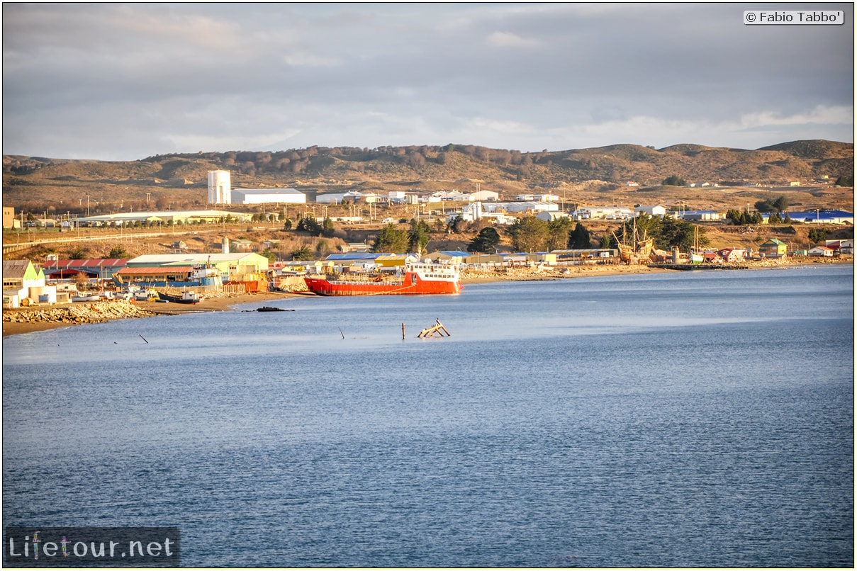 Fabio_s-LifeTour---Chile-(2015-September)---Porvenir---Tierra-del-Fuego---Magellan-Strait---1--Boat-trip---3457