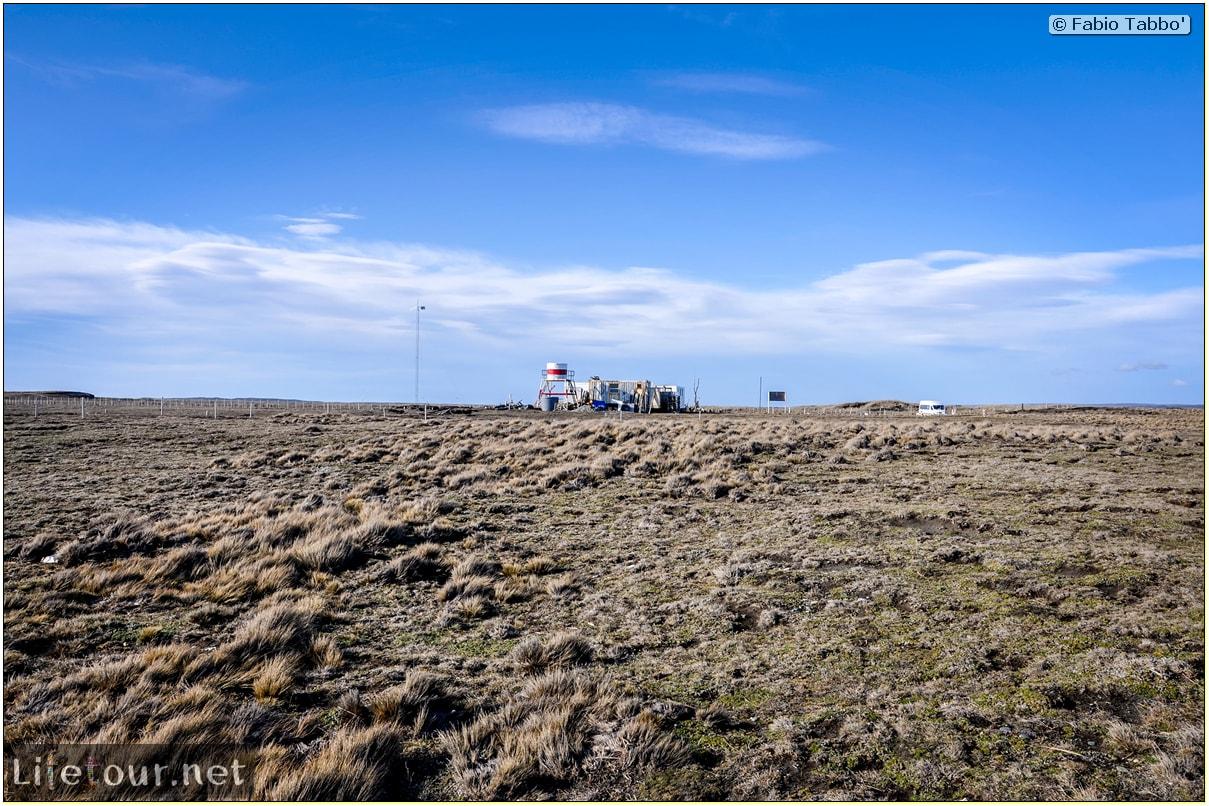 Fabio_s-LifeTour---Chile-(2015-September)---Porvenir---Tierra-del-Fuego---Parque-Penguinos-Rey---1--The-scientific-base---11266