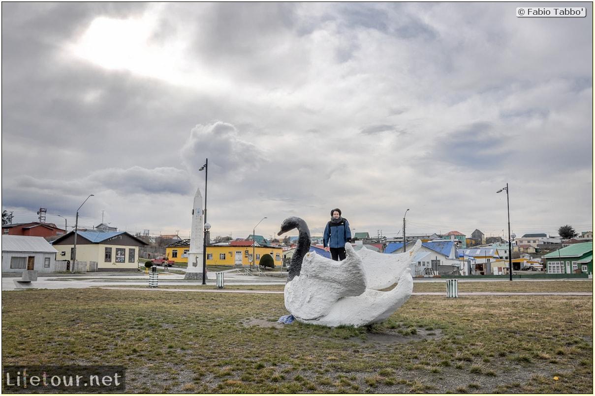 Fabio_s-LifeTour---Chile-(2015-September)---Porvenir---Tierra-del-Fuego---Porvenir-city---Parque-Croata---6801