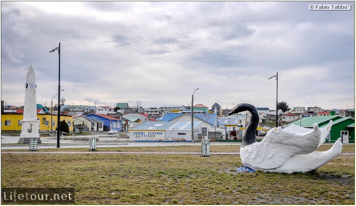 Fabio_s-LifeTour---Chile-(2015-September)---Porvenir---Tierra-del-Fuego---Porvenir-city---Parque-Croata---7180 cover