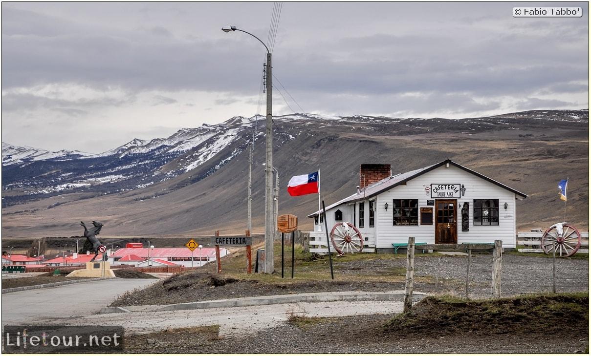 Fabio_s-LifeTour---Chile-(2015-September)---Torres-del-Paine---Cerro-Castillo-village---8415