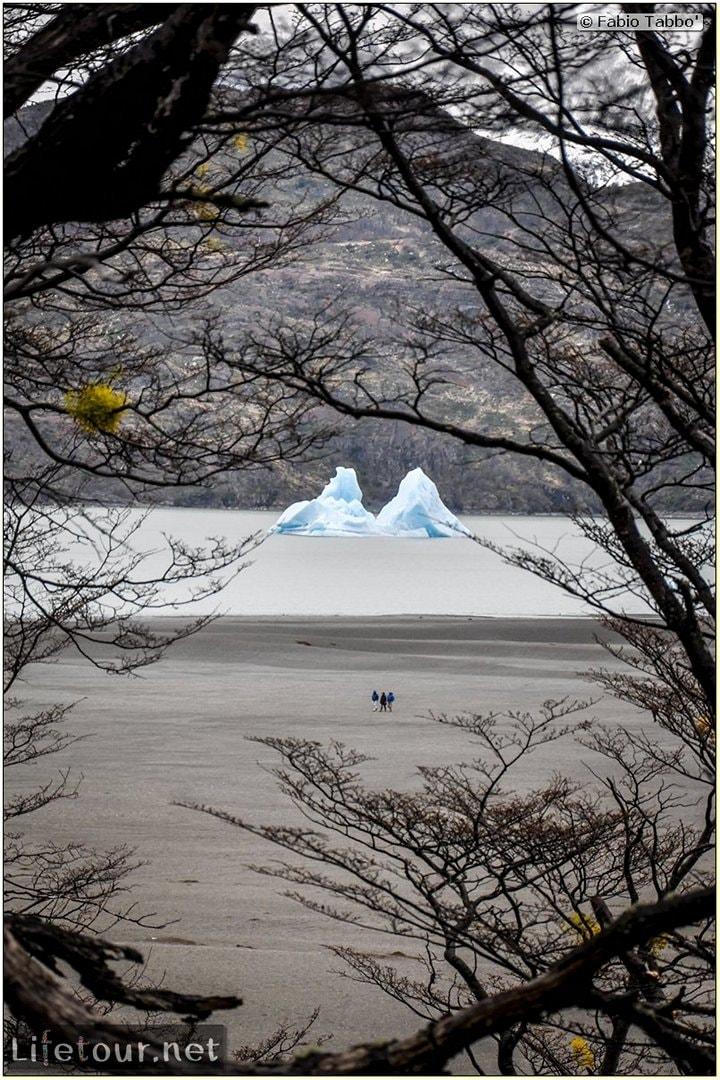 Fabio_s-LifeTour---Chile-(2015-September)---Torres-del-Paine---Glacier-Gray---12340 cover