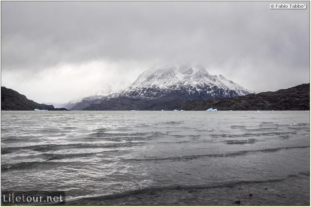 Fabio_s-LifeTour---Chile-(2015-September)---Torres-del-Paine---Glacier-Gray---12375