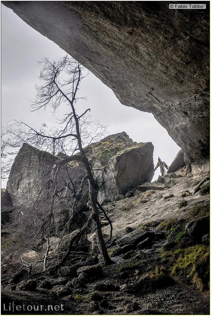 Fabio_s-LifeTour---Chile-(2015-September)---Torres-del-Paine---Milodon-Cave---7282