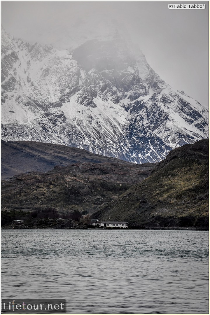 Fabio_s-LifeTour---Chile-(2015-September)---Torres-del-Paine---Serrano-river-tourist-village---12196