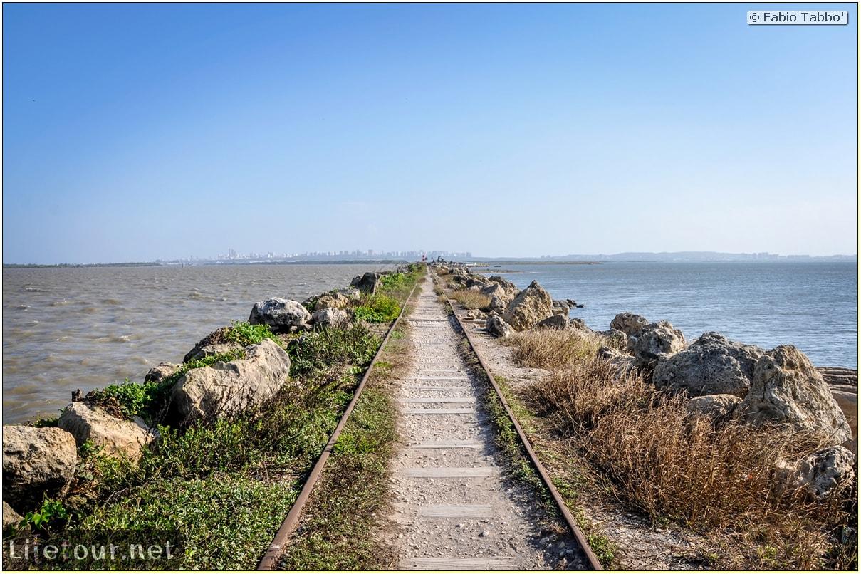 Barranquilla---Bocas-de-Ceniza---1.-The-railroad-in-the-middle-of-the-ocean---1020