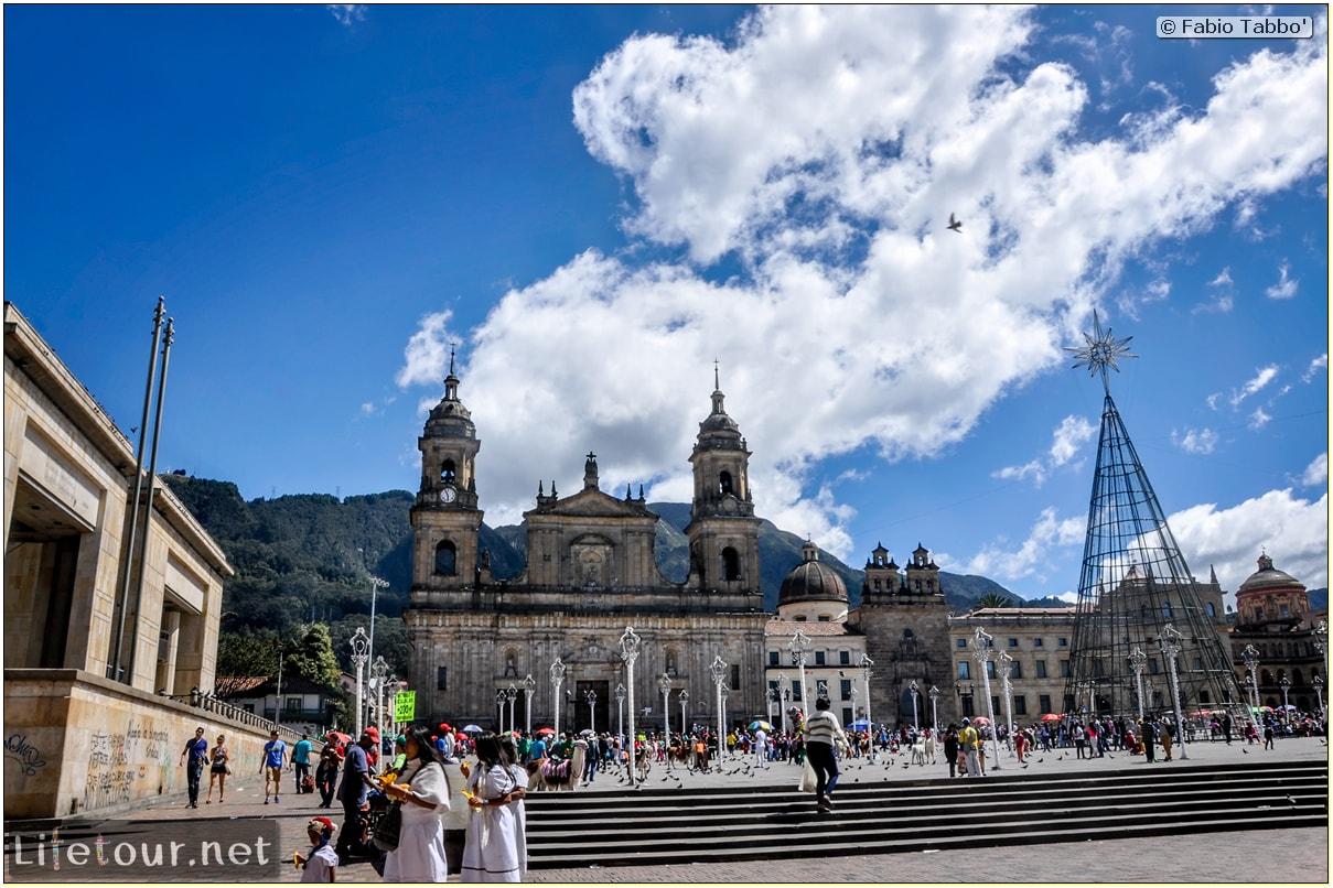 Fabio_s-LifeTour---Colombia-(2015-January-February)---Bogota_---Candelaria---Bolivar-Plaza---2561