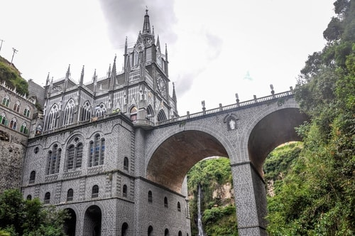 Fabio_s-LifeTour---Colombia-(2015-January-February)---Ipiales---Las-Lajas-sanctuary---Outside-views---9069 COVER