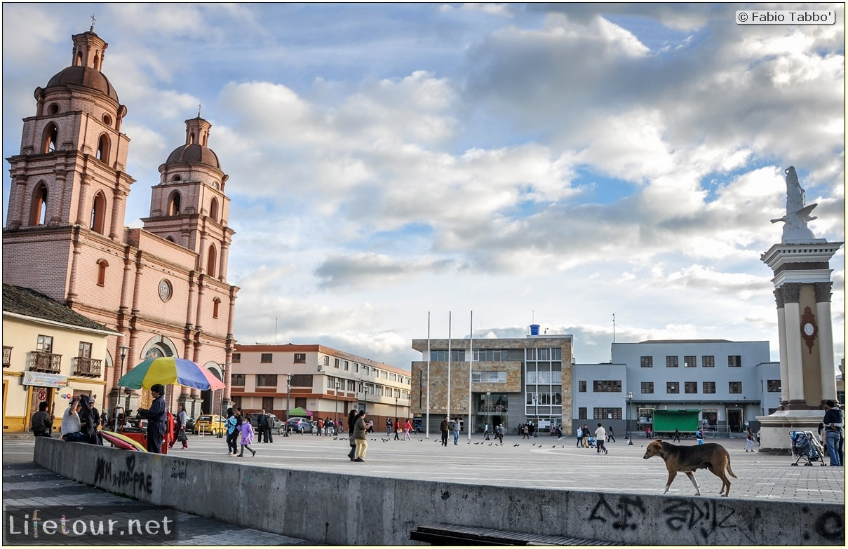 Fabio_s-LifeTour---Colombia-(2015-January-February)---Ipiales---city---Catedral-de-Ipiales---2001