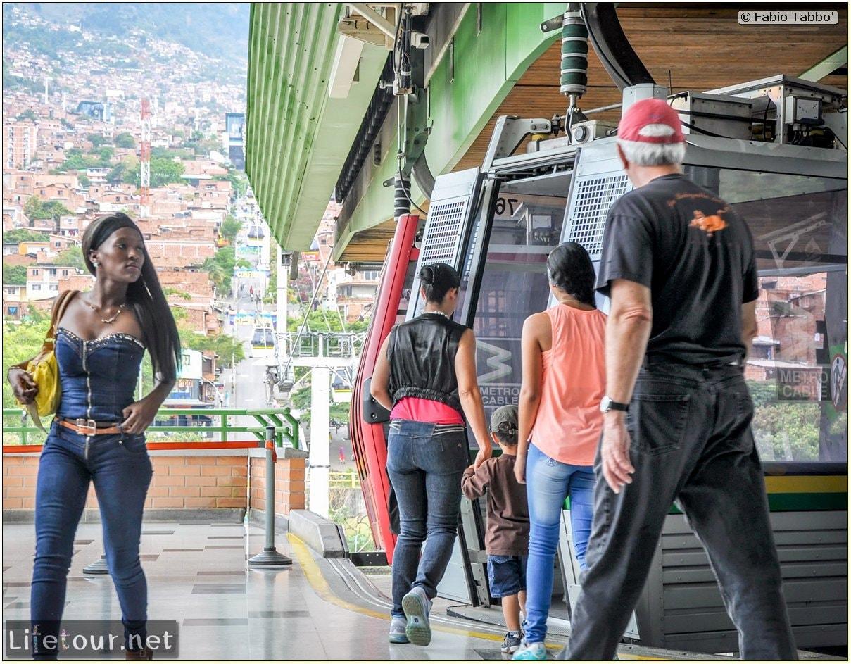 Fabio_s-LifeTour---Colombia-(2015-January-February)---Medellin---Cable-Car-Arvi---1819