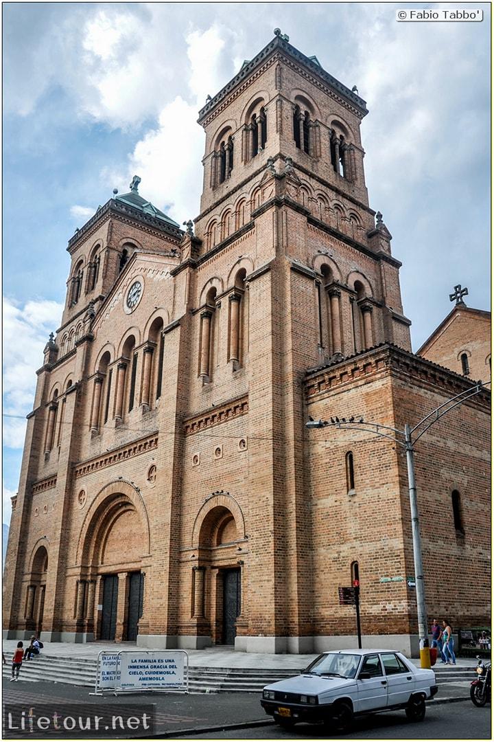 Fabio_s-LifeTour---Colombia-(2015-January-February)---Medellin---Candelaria---Catedral-Metropolitana---1818