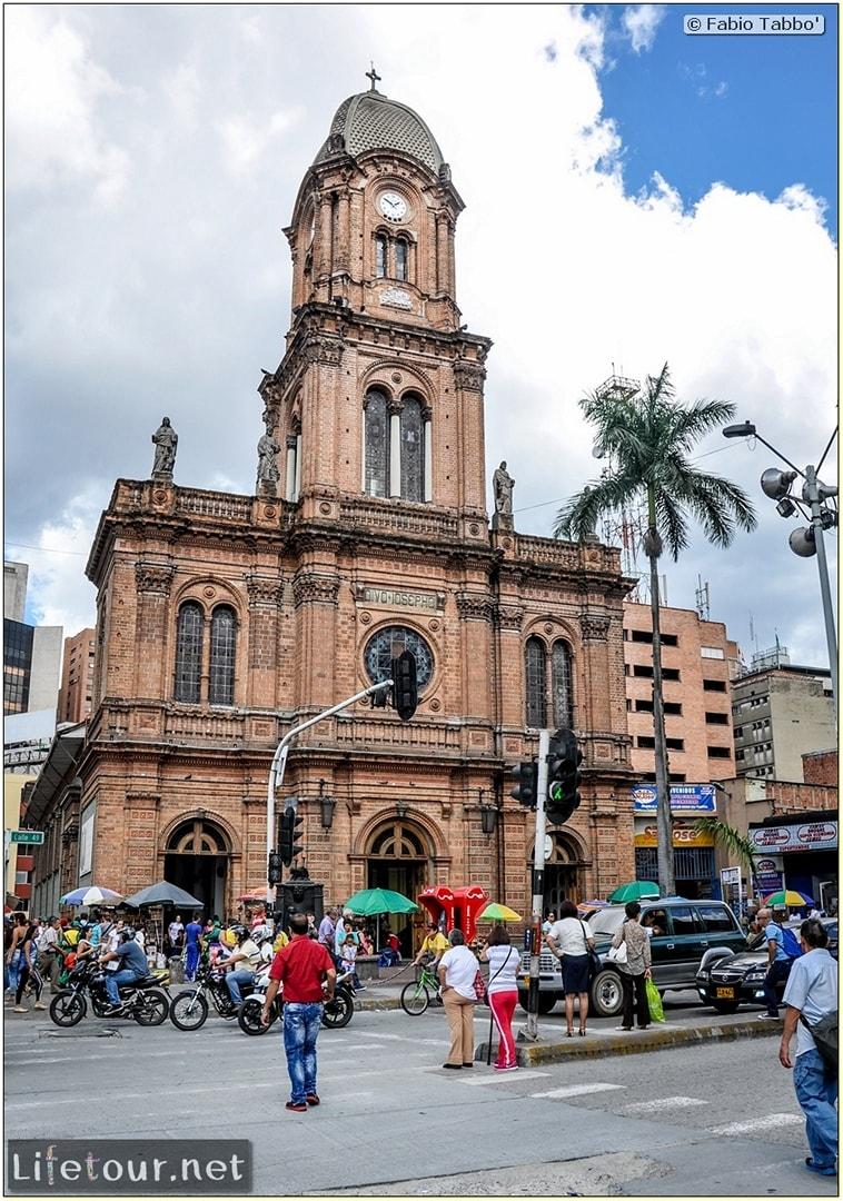 Fabio_s-LifeTour---Colombia-(2015-January-February)---Medellin---Candelaria---iglesia-de-San-Jos'---4268