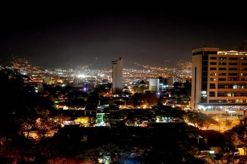 Fabio_s-LifeTour---Colombia-(2015-January-February)---Medellin---El-Poblado---4226 COVER