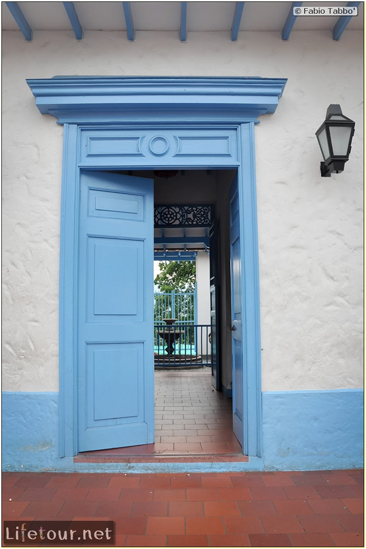 Fabio_s-LifeTour---Colombia-(2015-January-February)---Medellin---Pueblito-Paisa---6039 COVER