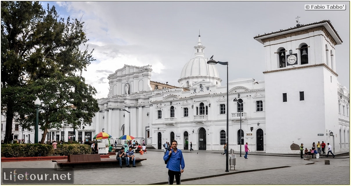 Fabio_s-LifeTour---Colombia-(2015-January-February)---Popayan---Caldas-Park---8045