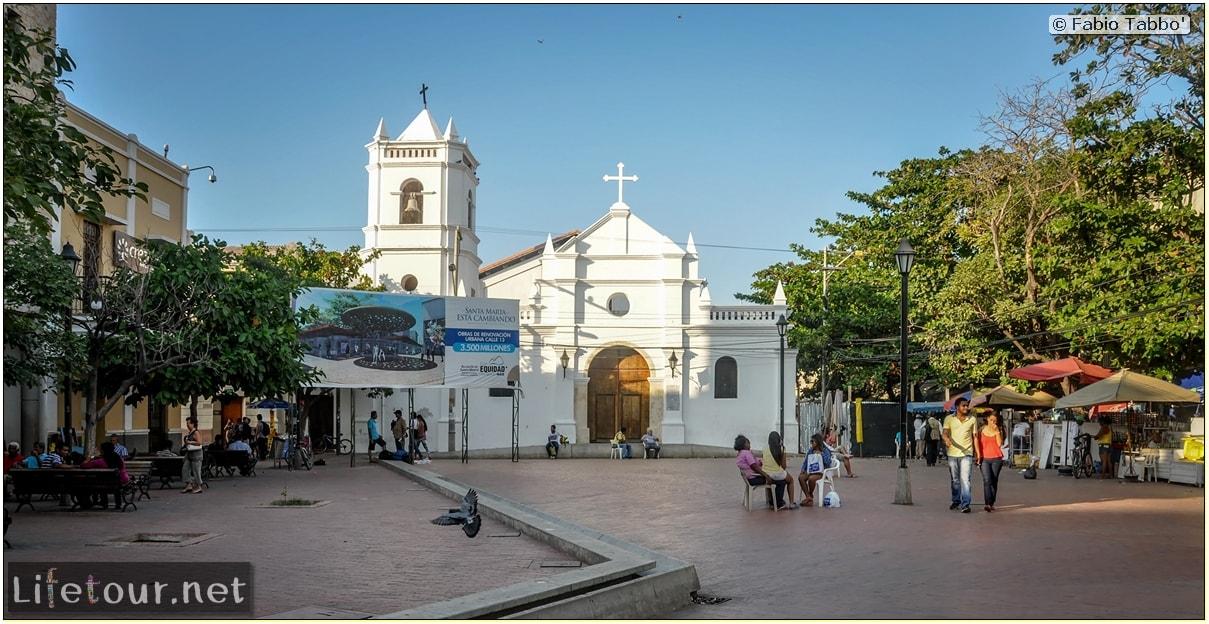 Fabio_s-LifeTour---Colombia-(2015-January-February)---Santa-Marta---city-center---Camellon-(waterfront)---2814