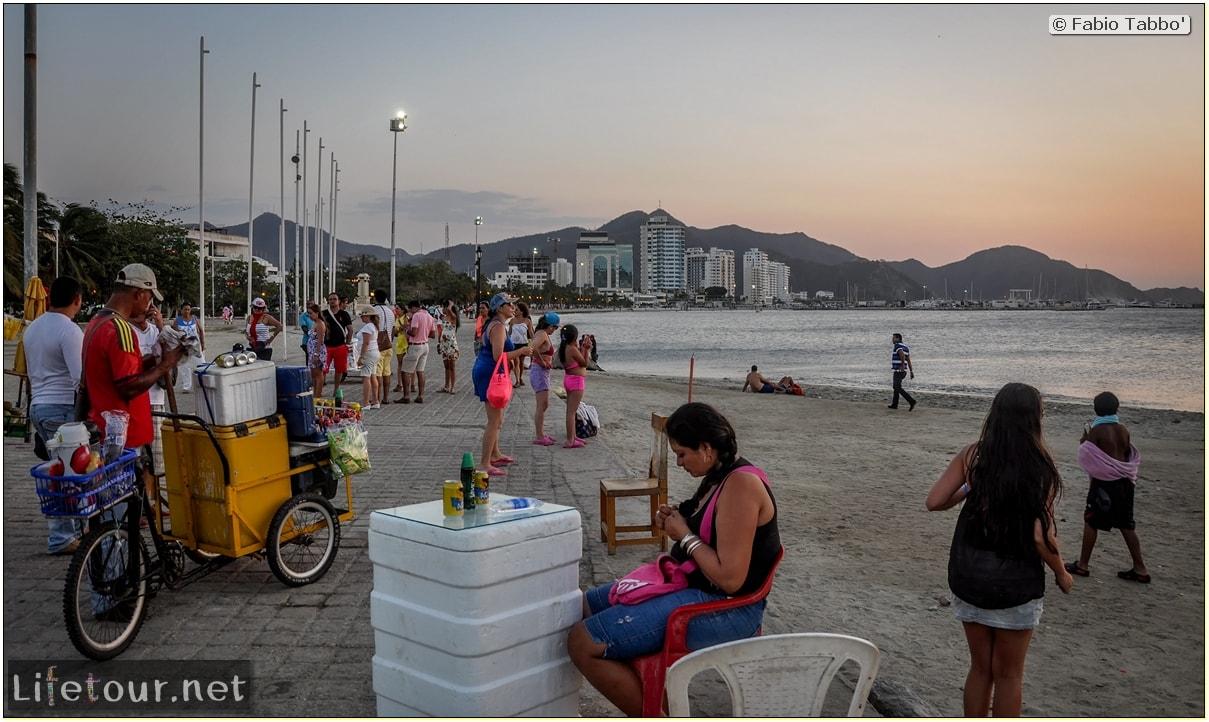 Fabio_s-LifeTour---Colombia-(2015-January-February)---Santa-Marta---city-center---Camellon-(waterfront)---3134