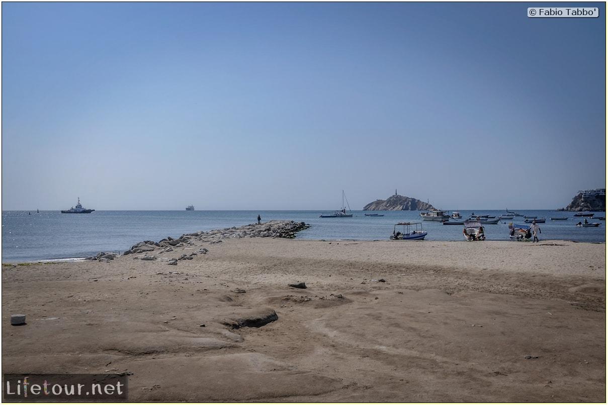 Fabio_s-LifeTour---Colombia-(2015-January-February)---Santa-Marta---city-center---Camellon-(waterfront)---3289