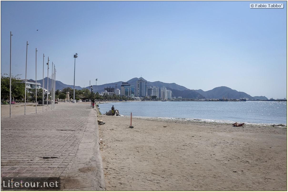 Fabio_s-LifeTour---Colombia-(2015-January-February)---Santa-Marta---city-center---Camellon-(waterfront)---3399