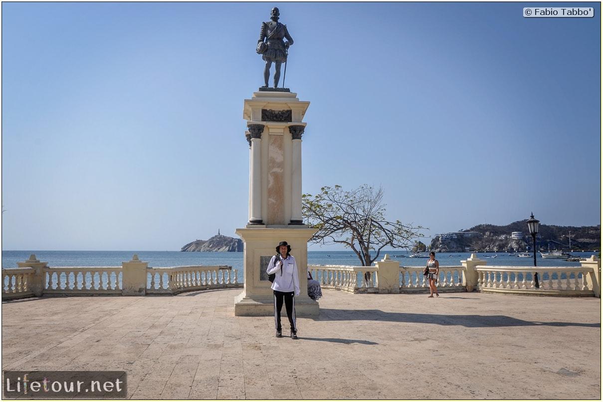 Fabio_s-LifeTour---Colombia-(2015-January-February)---Santa-Marta---city-center---Camellon-(waterfront)---4267
