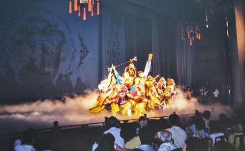 Fabios-LifeTour-China-1993-1997-and-2014-Beijing-1993-1997-and-2014-Tourism-Chinese-Opera-193-1278-COVER