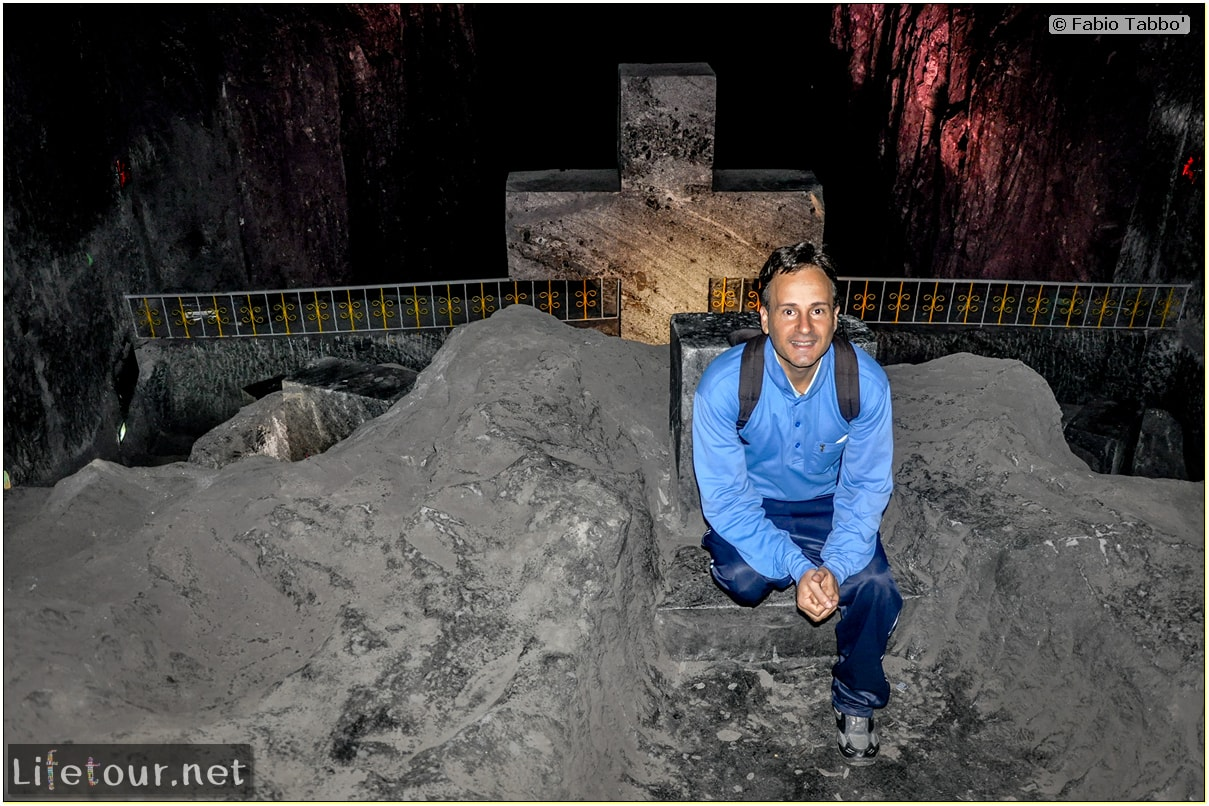 Zipaquira_---Salt-cathedral-(Catedral-de-Sal)---Underground-Cathedral-pictures---1059 COVERl