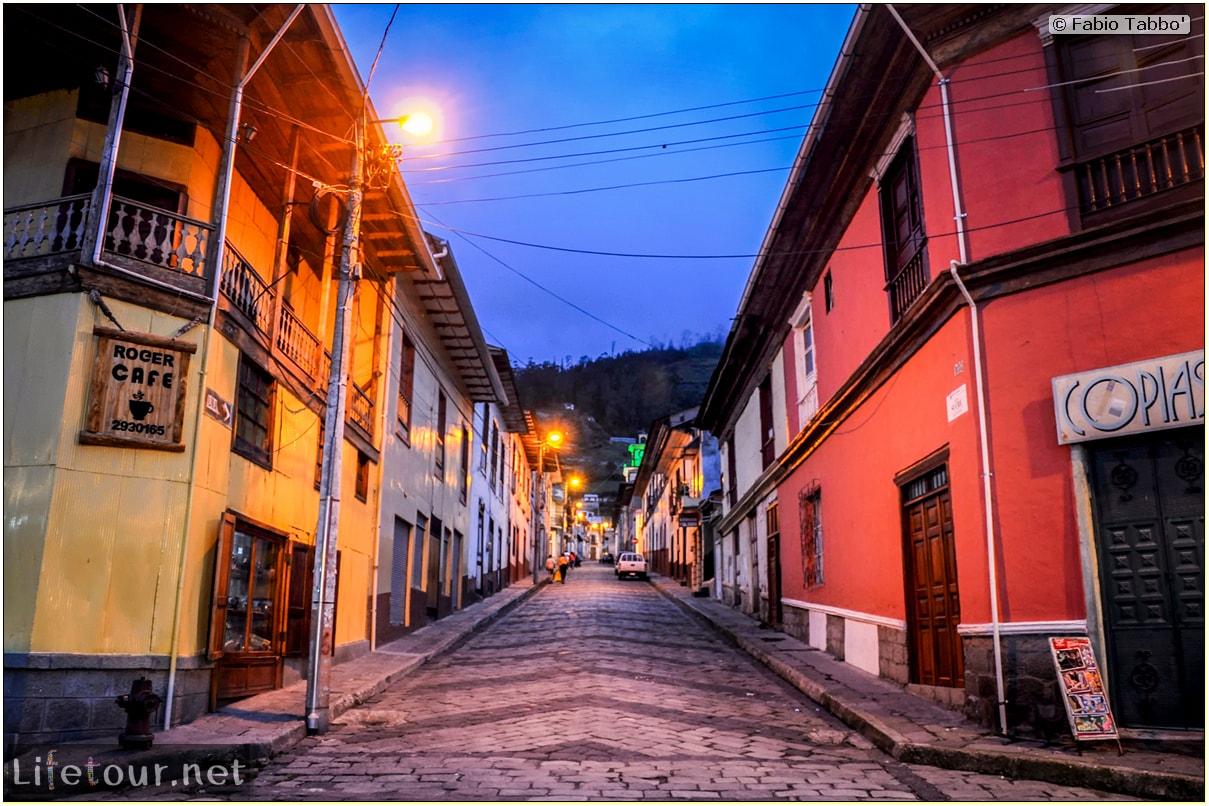 Fabio_s-LifeTour---Ecuador-(2015-February)---Alausi---Train-station-(Ferrocarriles-Ecuatorianos)---12032