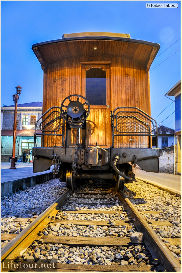 Fabio_s-LifeTour---Ecuador-(2015-February)---Alausi---Train-station-(Ferrocarriles-Ecuatorianos)---12067
