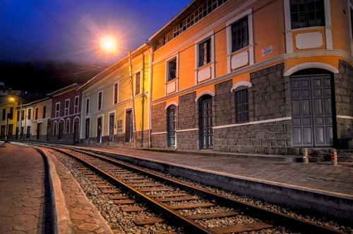 Fabio_s-LifeTour---Ecuador-(2015-February)---Alausi---Train-station-(Ferrocarriles-Ecuatorianos)---12084 COVER