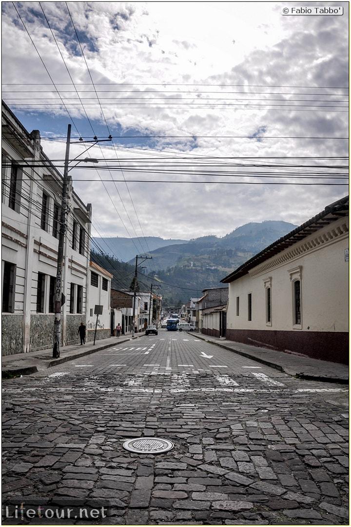 Fabio_s-LifeTour---Ecuador-(2015-February)---Ibarra---City-center---10942